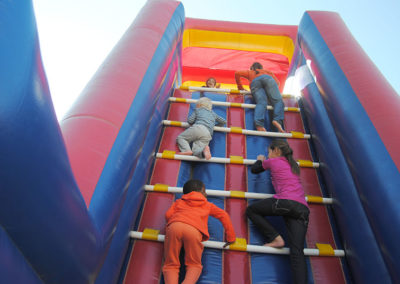 Gladiator Inflatables Funday 59