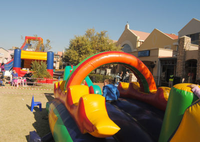 Gladiator Inflatables Funday 76