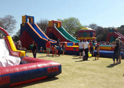 Gladiator Inflatables Funday 28