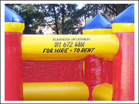 gladiator_inflatables_for_hire