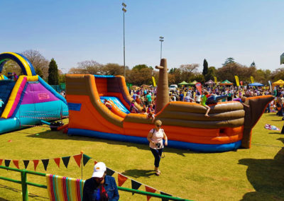Jumping Castles for Sale - a Best Buying Guide There are so many things to think about when buying a jumping castle or another type of inflatable. There are so many colours that it looks like a rainbow coloured inflatable