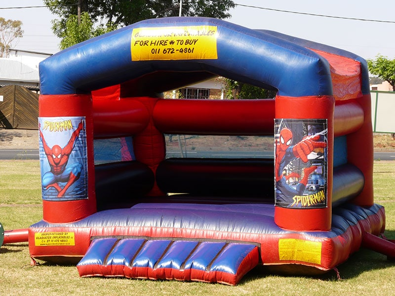 gladiator-inflatables-spiderman-superman-jumping-castle-with-roof
